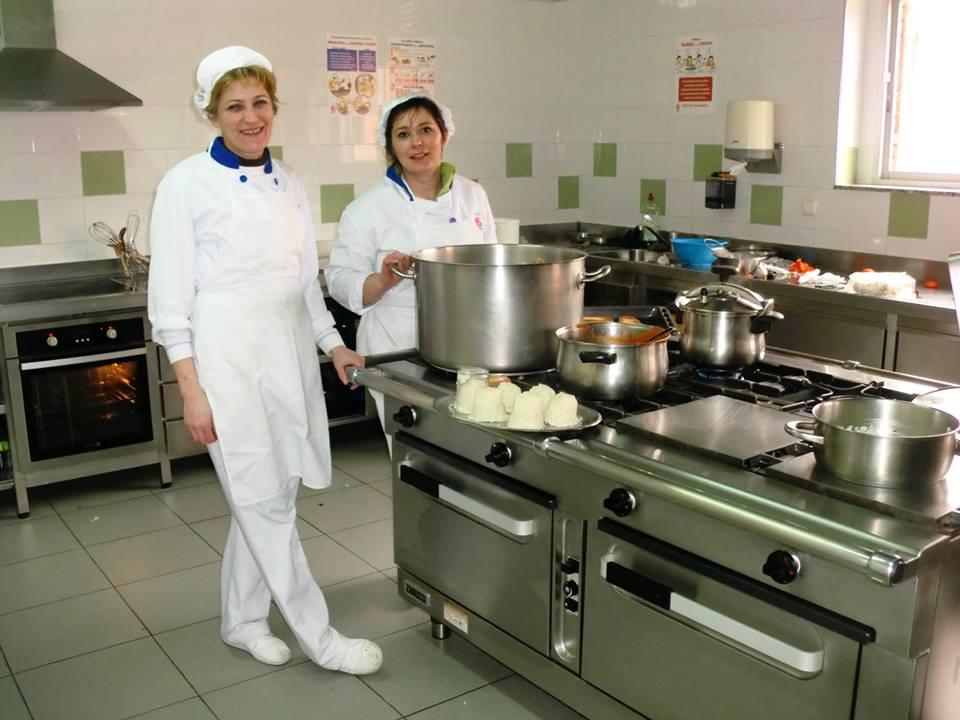 Comedor colegio paula montal for Escuelas privadas de cocina